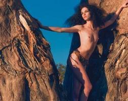 Africanas y otras mujeres desnudas