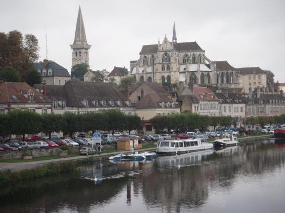 V i a j e a borgo a francia turismo cultura y gastronom a for Cultura francesa comida