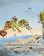 Salvador Dalí - Sueño causado por el vuelo de una abeja alrededor de una granada un segundo antes del despertar