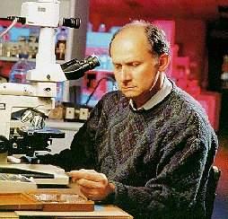 Manuel Elkin Patarroyo, descubridor de la vacuna de la malaria